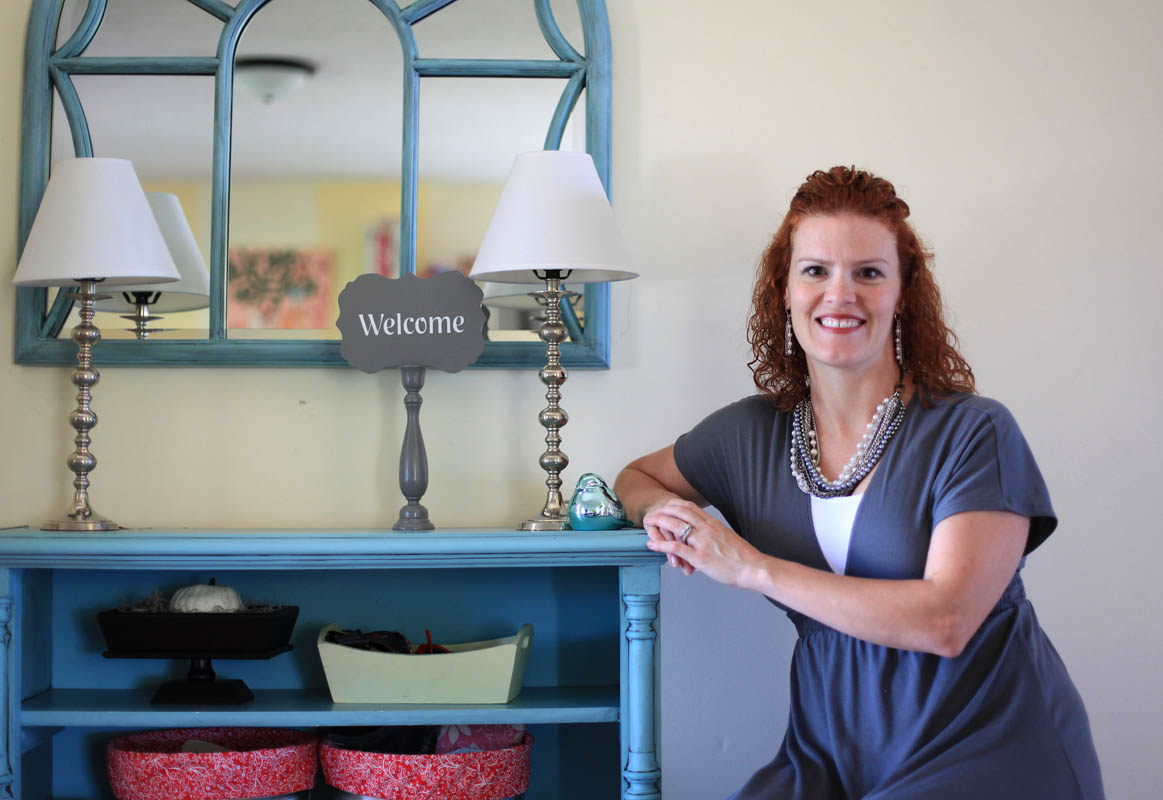 Becky Farrant, Farrant took her knack for turning trash into beautiful furniture to compete against artists in an episode of TLC's Craft Wars.