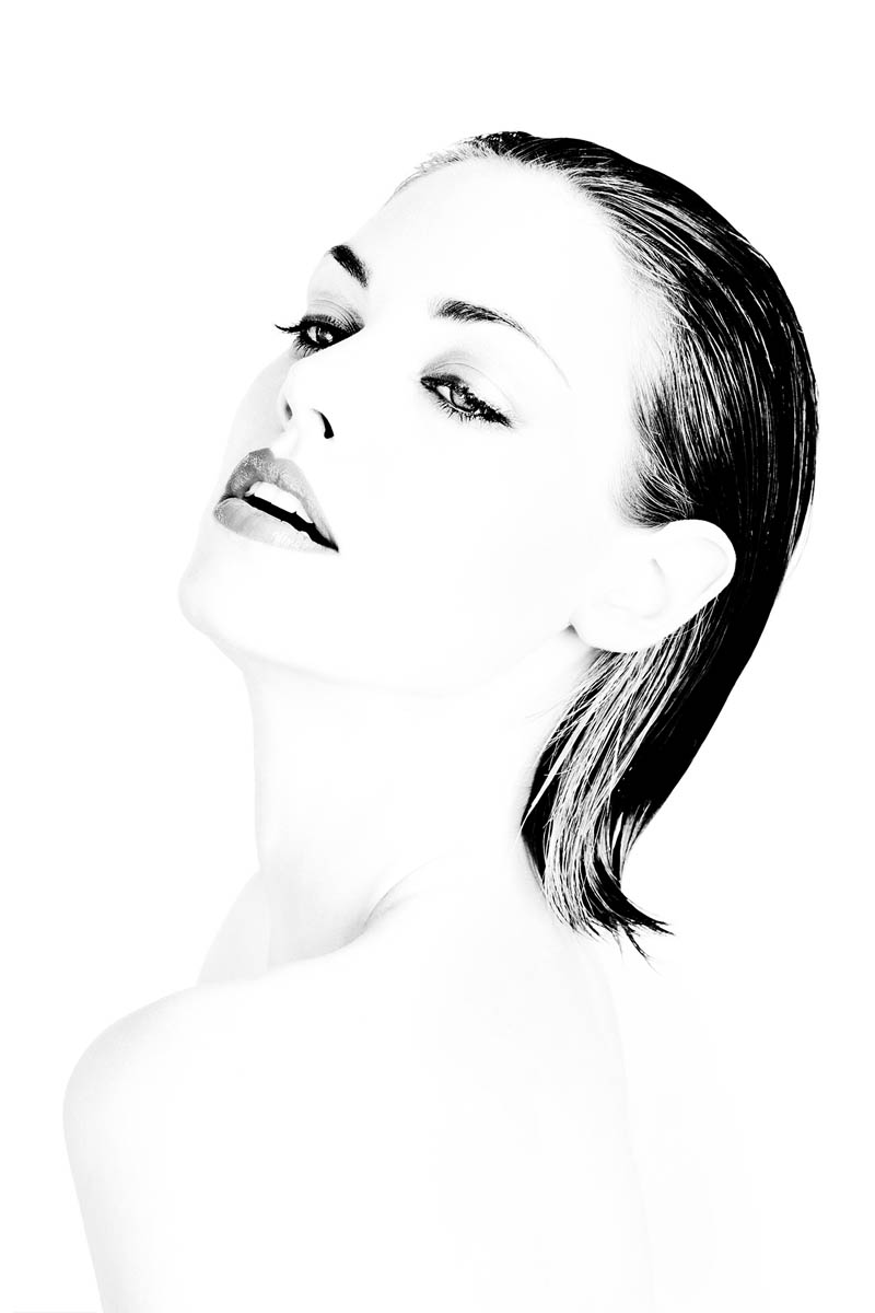 Model: Amy Jobson - Vivien's Models, Instagram, IMDB.Makeup: Amber Moratti - Blush & Brush.