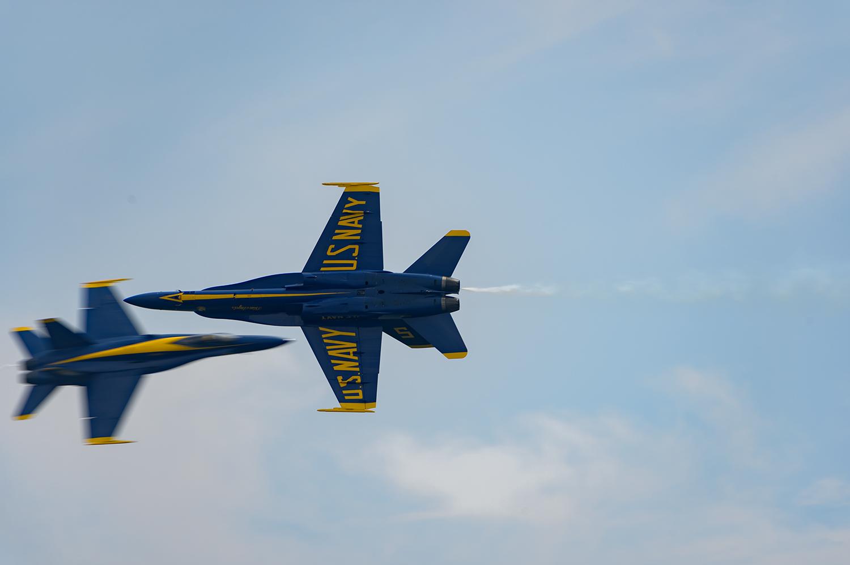 Blue-Angels-F-A-18-Hornet-Boeing-12-017816-v