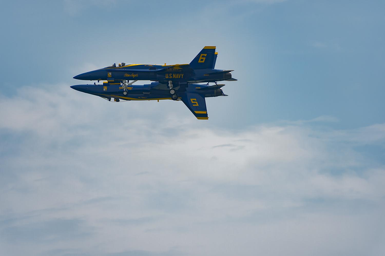 Blue-Angels-F-A-18-Hornet-Boeing-12-017830-vv