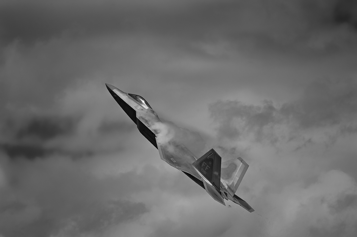 USAF Lockheed Martin F-22A RaptorAviation photography from RIAT RAF Fairford, EnglandImage no: 16-025959-bw   Click HERE to Add to Cart