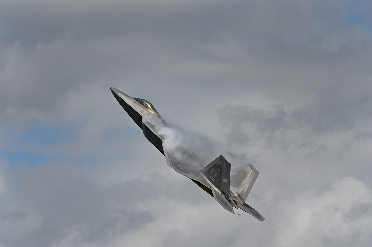 USAF Lockheed Martin F-22A RaptorAviation photography from RIAT RAF Fairford, EnglandImage no: 16-025959   Click HERE to Add to Cart