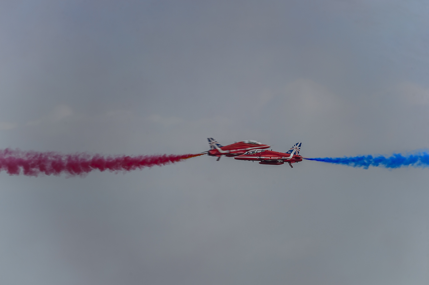 Red-Arrows-RAF-Aerobatic-Team-Eastbourne-RKing-14-020973-vv