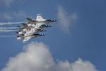 Thunderbirds-TICO-Warbird-Airshow-RKing-15-017712-vv