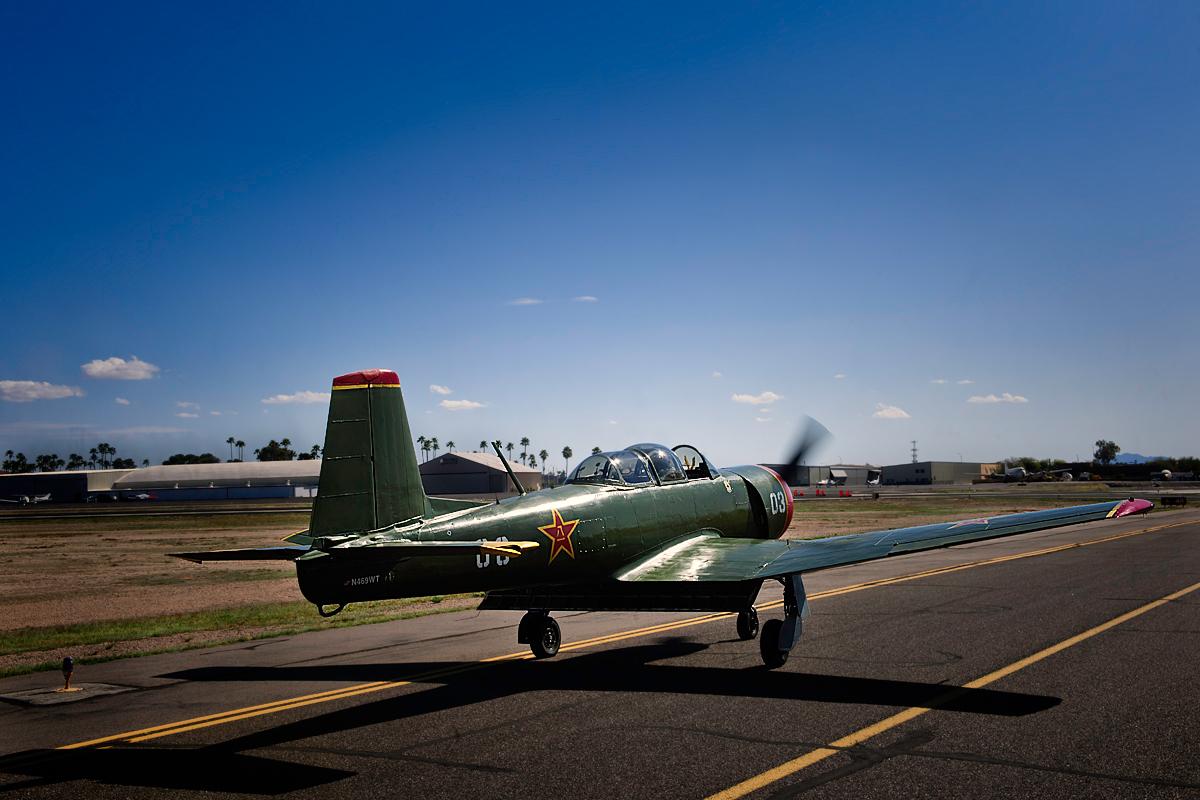Yak-Flight-Nanchang-CJ-12-005906