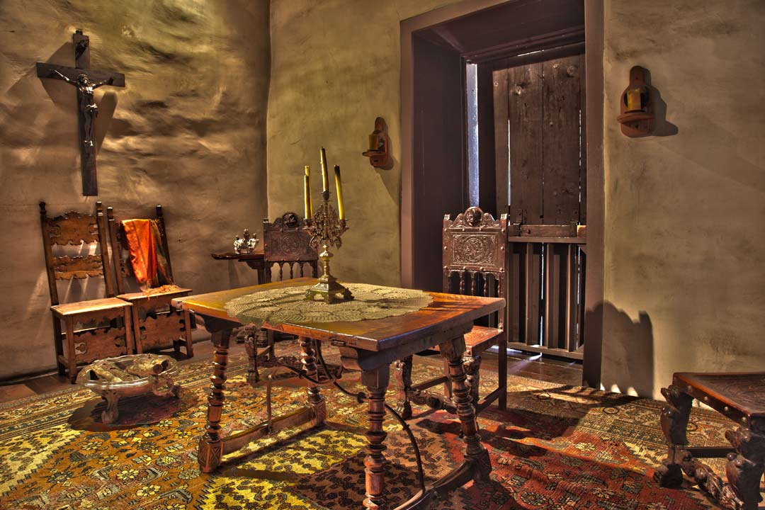 The Avila Adobe house was built in 1818. It is the oldest standing residence in Los Angeles. Olvera Street, Los Angeles - CA