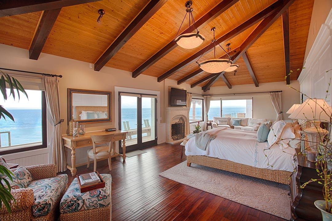 bedroomOcean