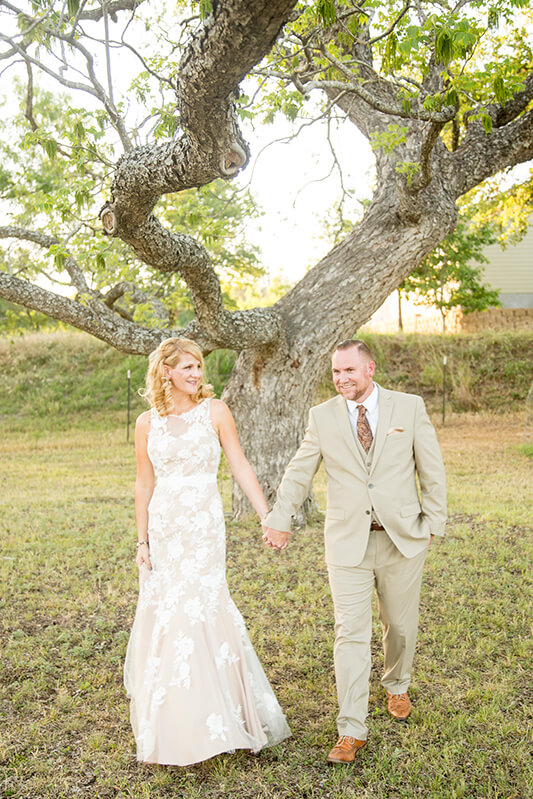 Wedding_Couples_Photographer_Austin_Texas_Dennis_Burnett_16