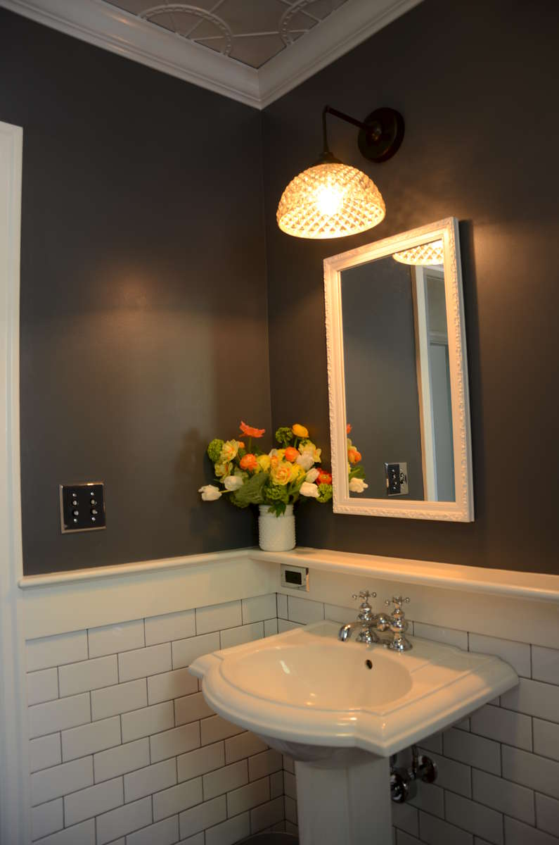 IMAGE GALLERIES: Residential Gallery: Baths: 1940 1959: Brenda S 1940  Bathroom _2_