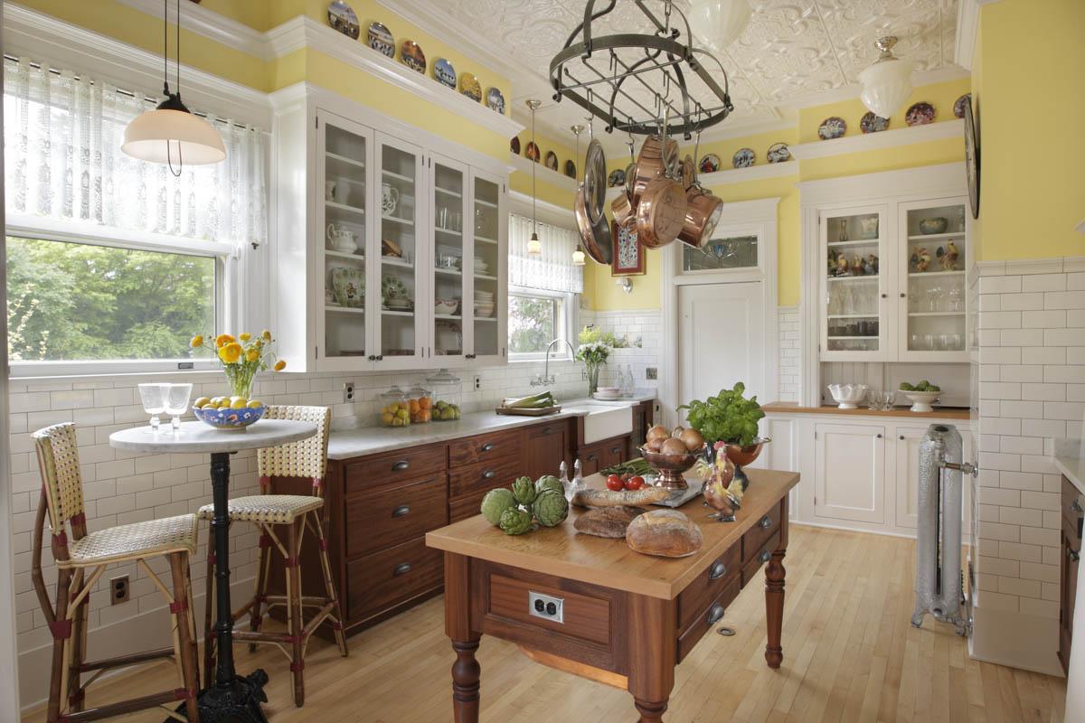 Portland Kitchen Remodeling Quarum 1913 4 1900 1919 Kitchens Residential Gallery Image