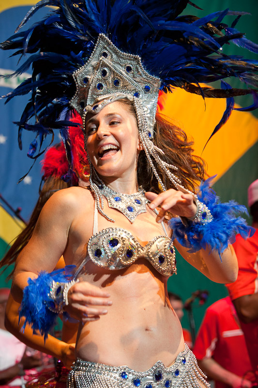 Dancer Rachel Sherman performs with Alo Brasil at the World Cafe Live Wilmington.