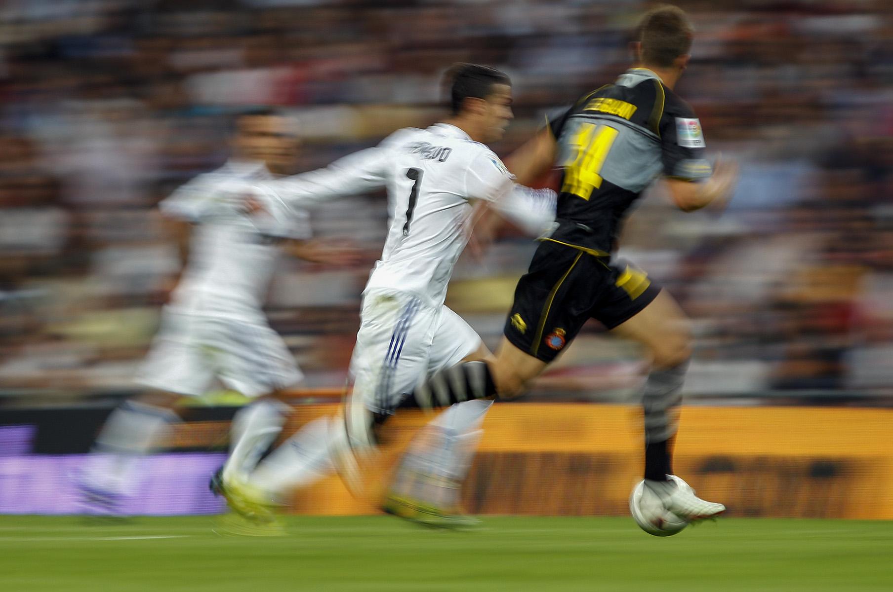 REAL MADRID 3 - RCD ESPANOL 0© ALBERTO R. ROLDAN21 09 2010