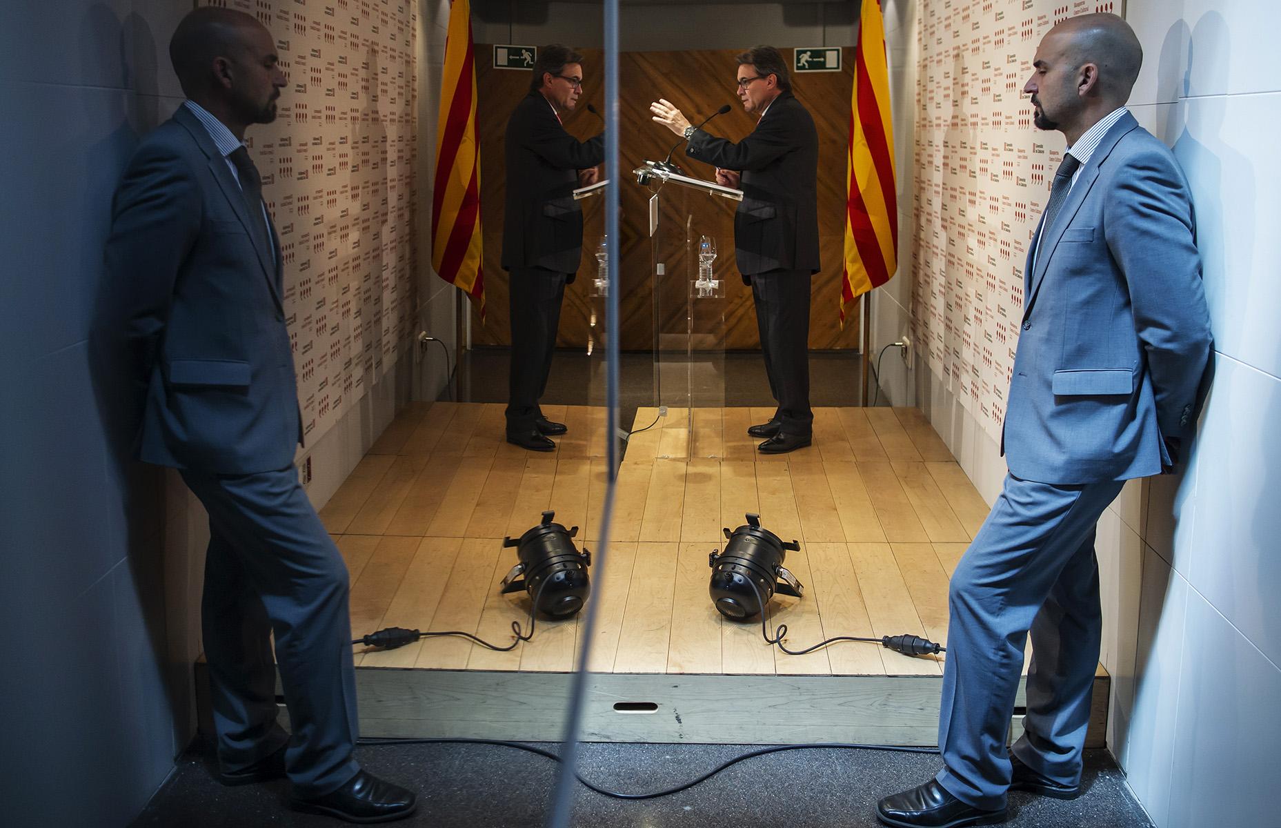 Rueda de prensa en la librería Blanquerna posterior al encuentro entre el Presidente del Gobierno, Mariano Rajoy y el Presidente de la Generalitat, Artur Mas en el Palacio de la Moncloa© Alberto R. Roldan /  Razon30 07 2014