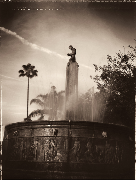 The Electric Fountain - Los AngelesArchival Pigment Print40{quote}x30{quote} Edition of 10 • 24{quote}x20{quote} Edition of 25