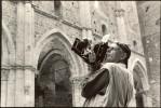 Photographing in San Galgano, Tuscany with his 1950s Speed-Graphic camera. Photo: 2010 Alfredo Falva