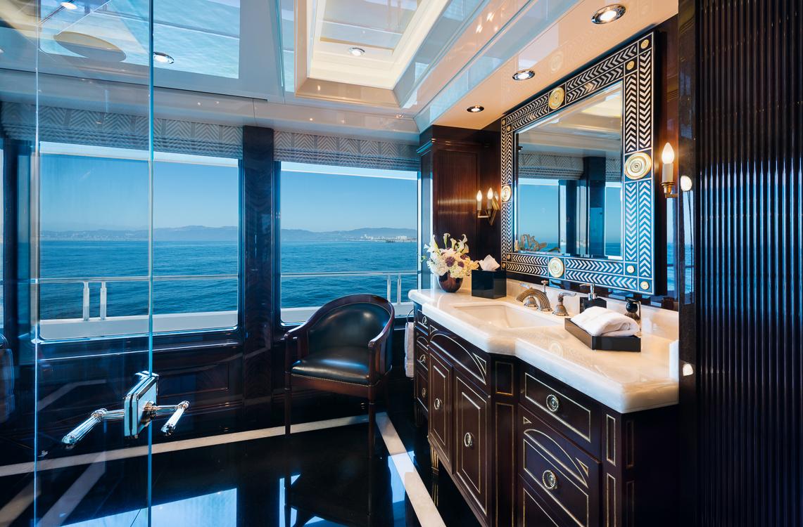 Owner's full-beam master suite
