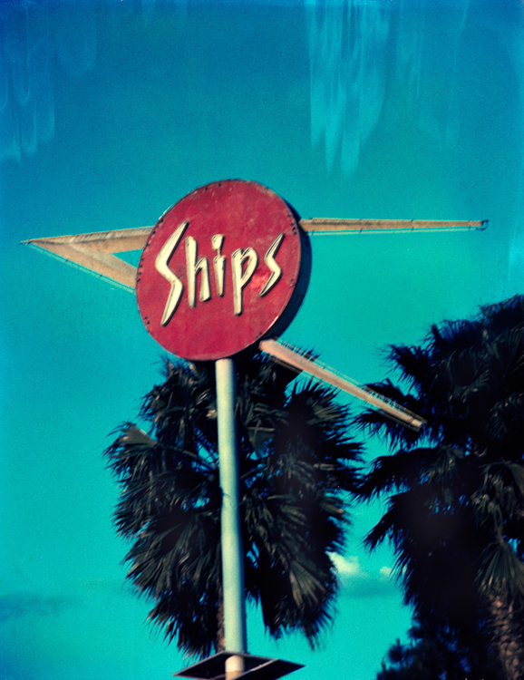 Ship's Restaurant - Los AngelesArchival Pigment Print40{quote}x30{quote} Edition of 10 • 24{quote}x20{quote} Edition of 25