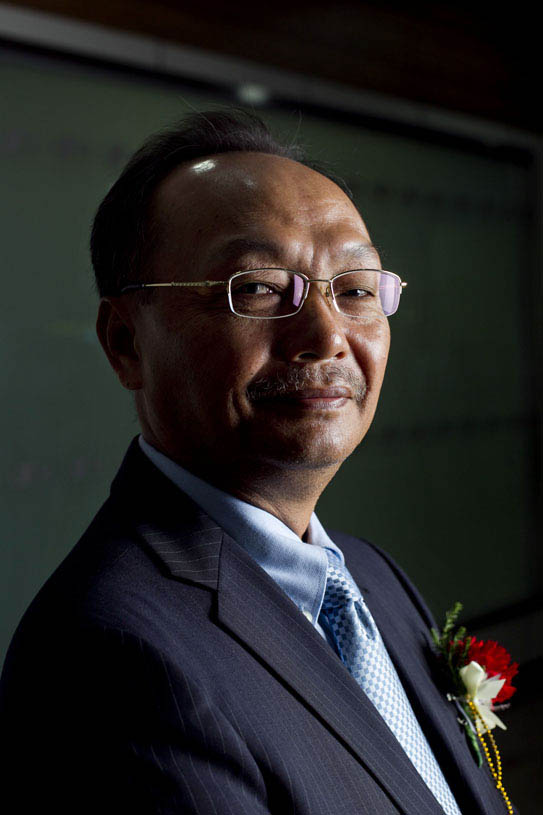 Dethphouvang Moularat, Chairman and Chief Executive Officer of The Lao Securities Exchange at Bank of the Lao P.D.R.