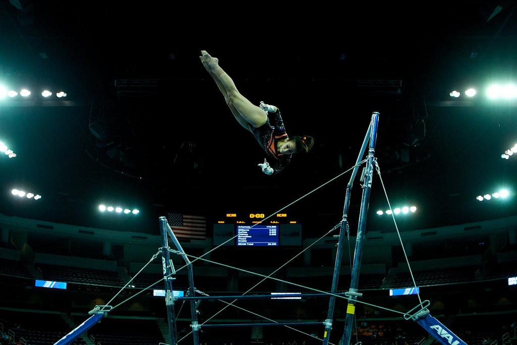 web_gymnastics_bars