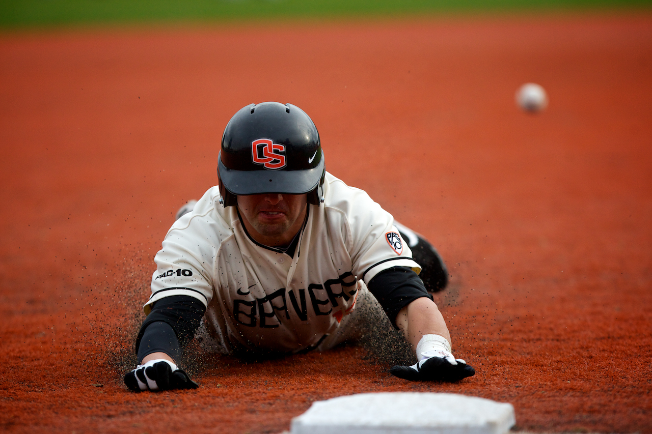 web_osu_baseball_player_sliding_001