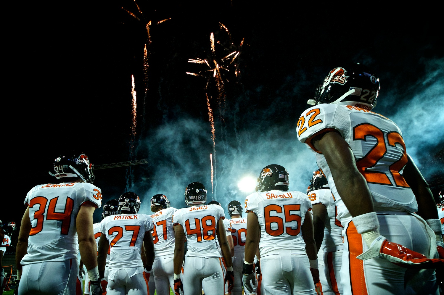 web_osu_football2012_002