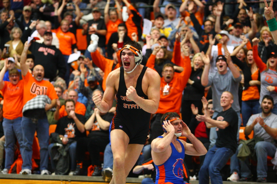 web_wrestling_celebration