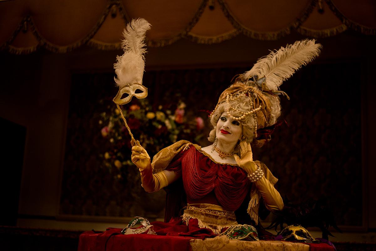 Classic Marie Antoinette Living Table
