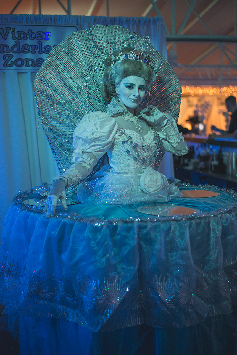 Ice Queen Living Table