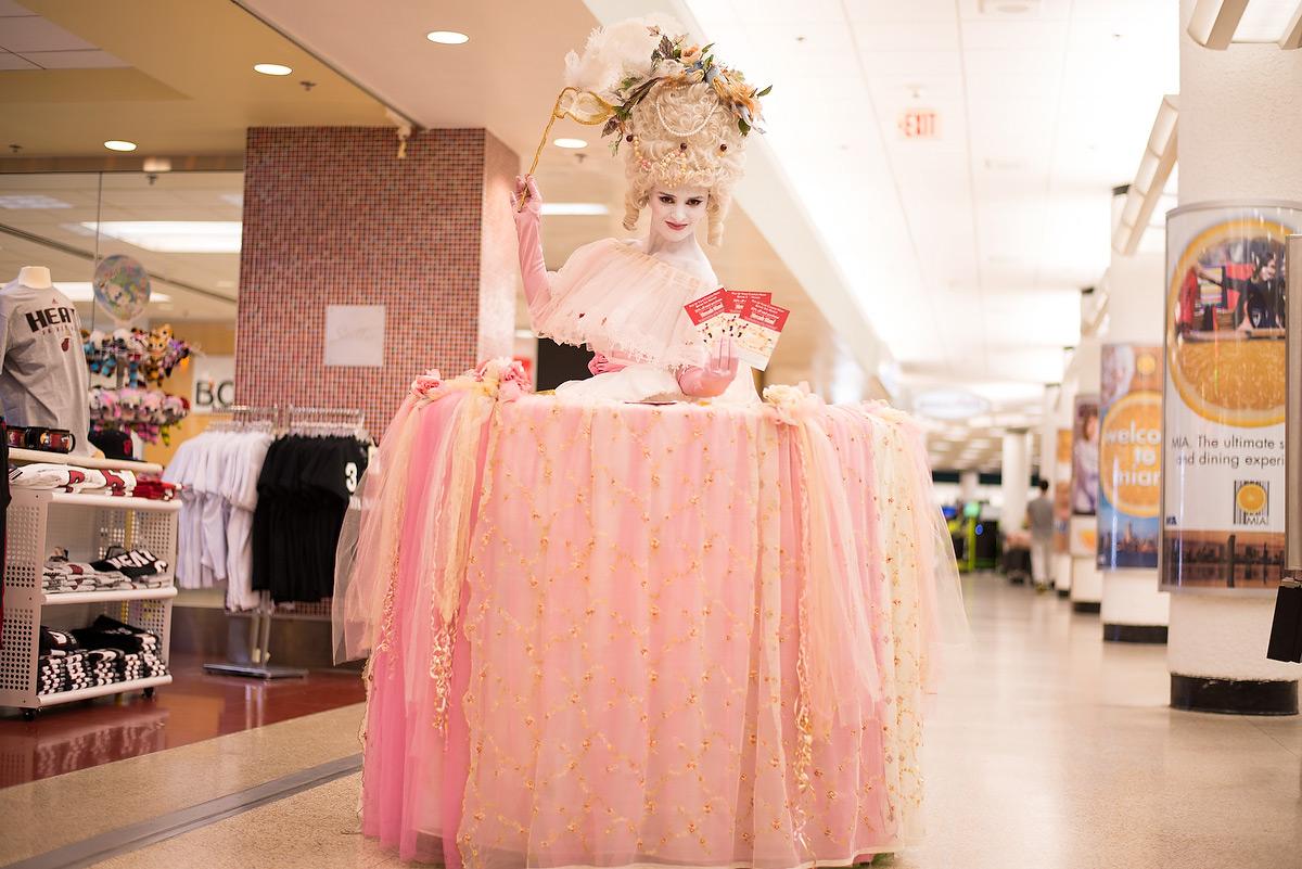 Romantic Marie Antoinette soft pink Living Table