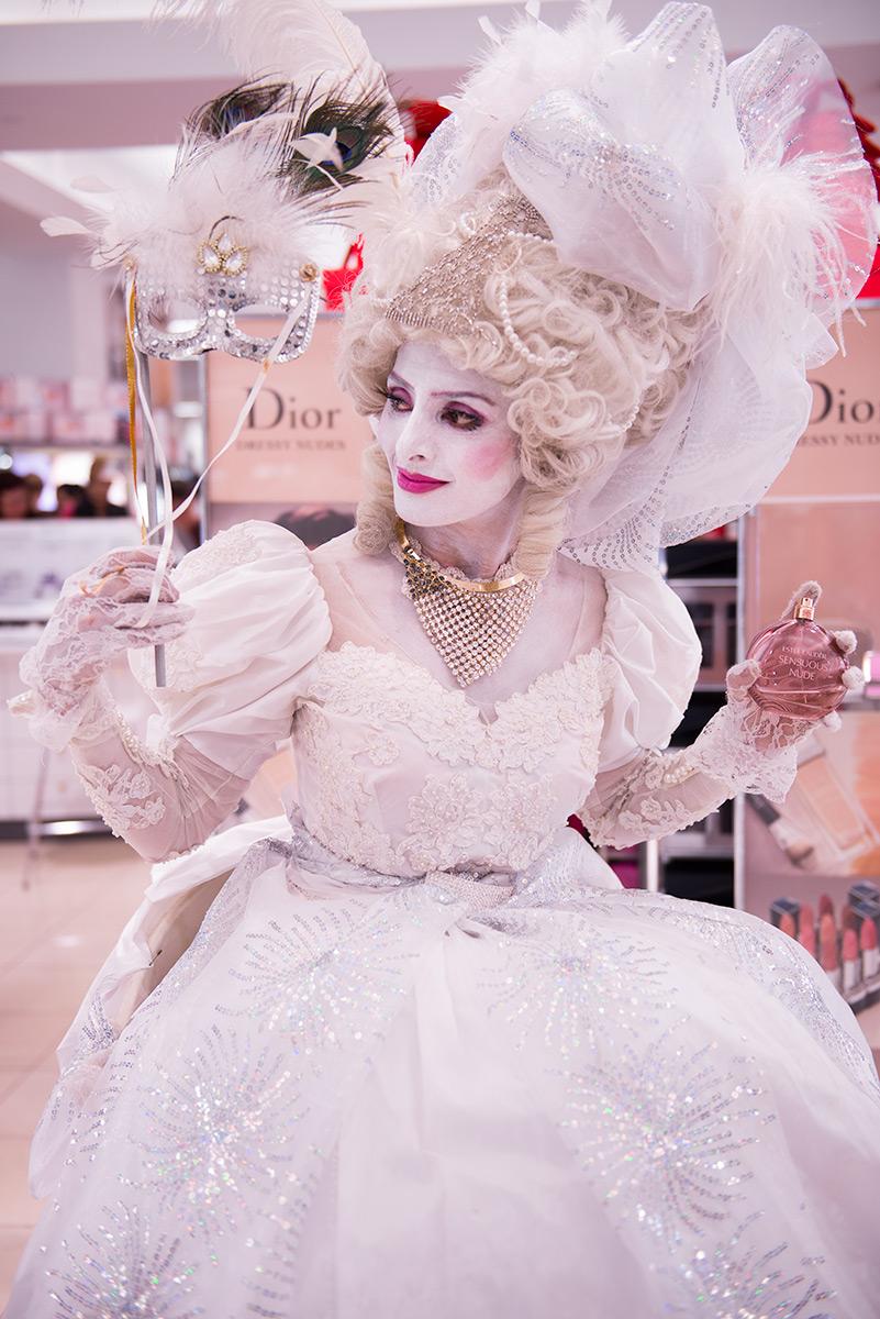 White Marie Antoinette