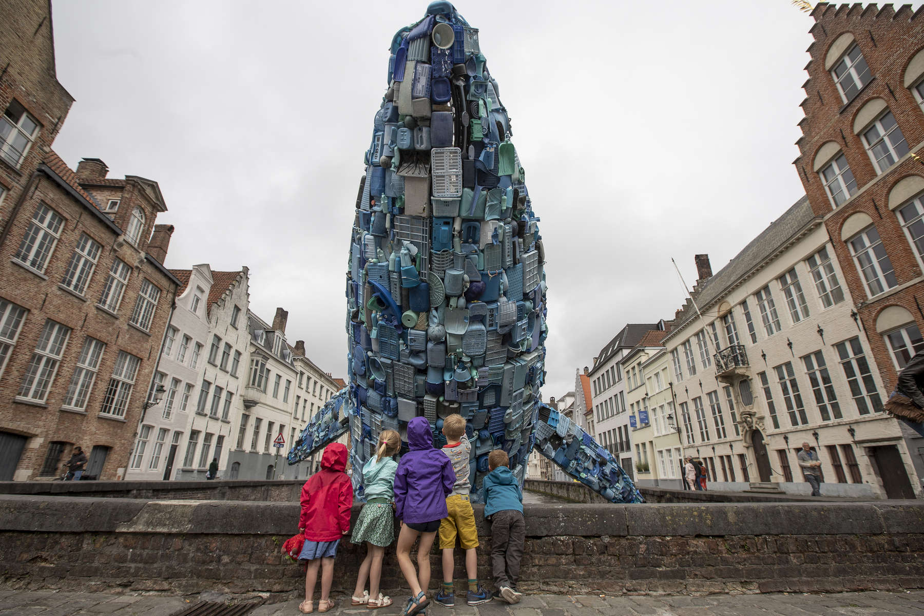 Triënnale 2018; STUDIOKCA - 'Skyscraper (the Bruges Whale)'_photo by Matthias Desmet