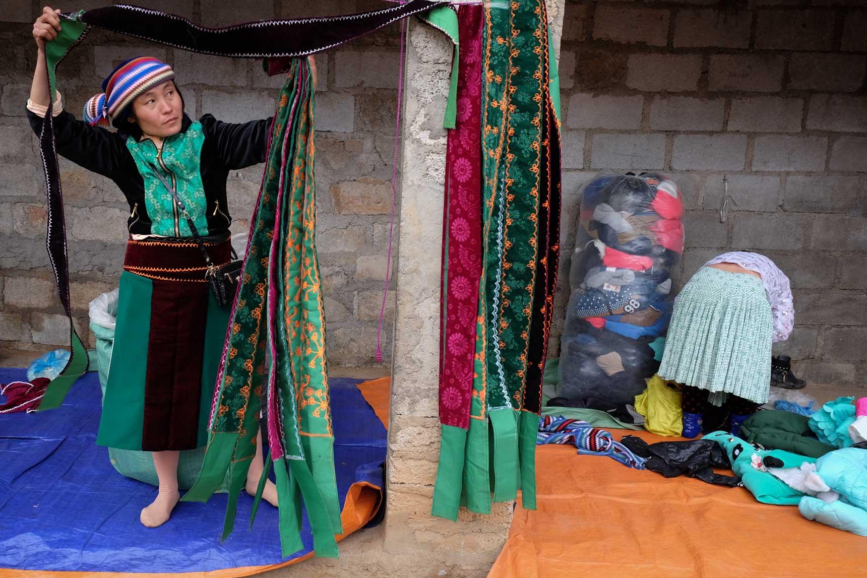 Lũng Phìn Ethnic Market