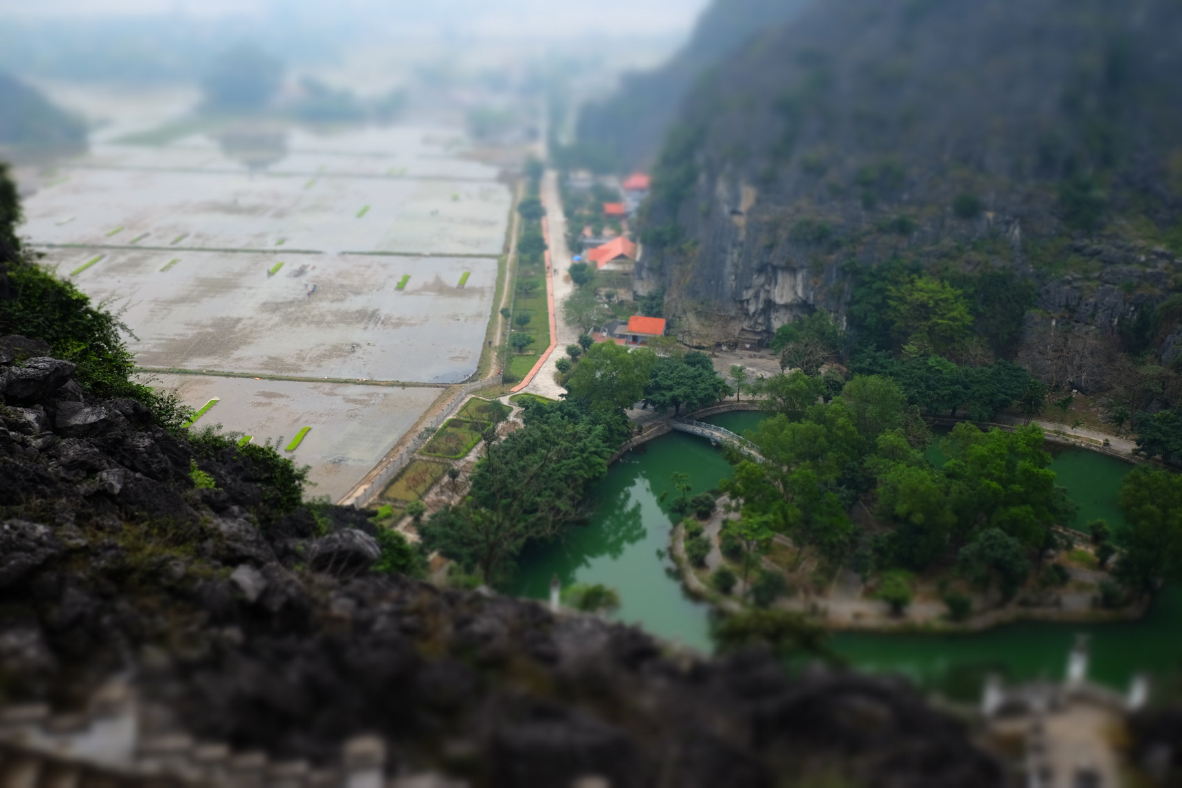 Tam Coc Mountains