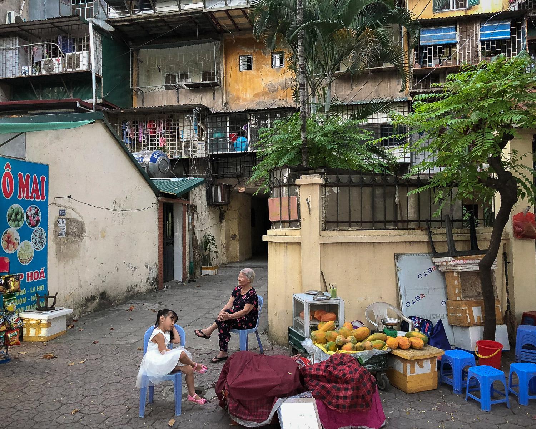 Ngia Tan, Hanoi