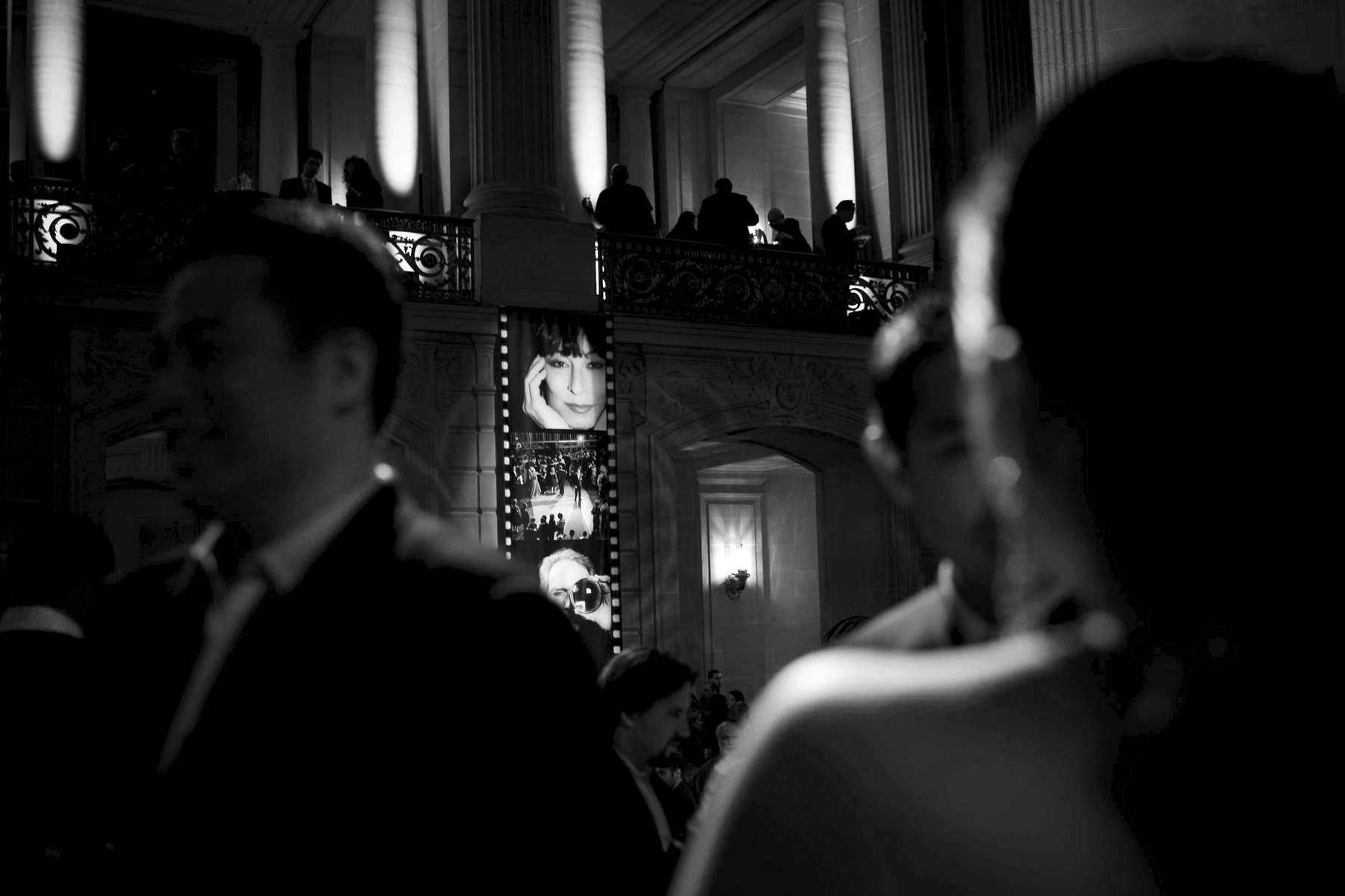 10_City-Hall-Opening-Night_02_2007bw-copy