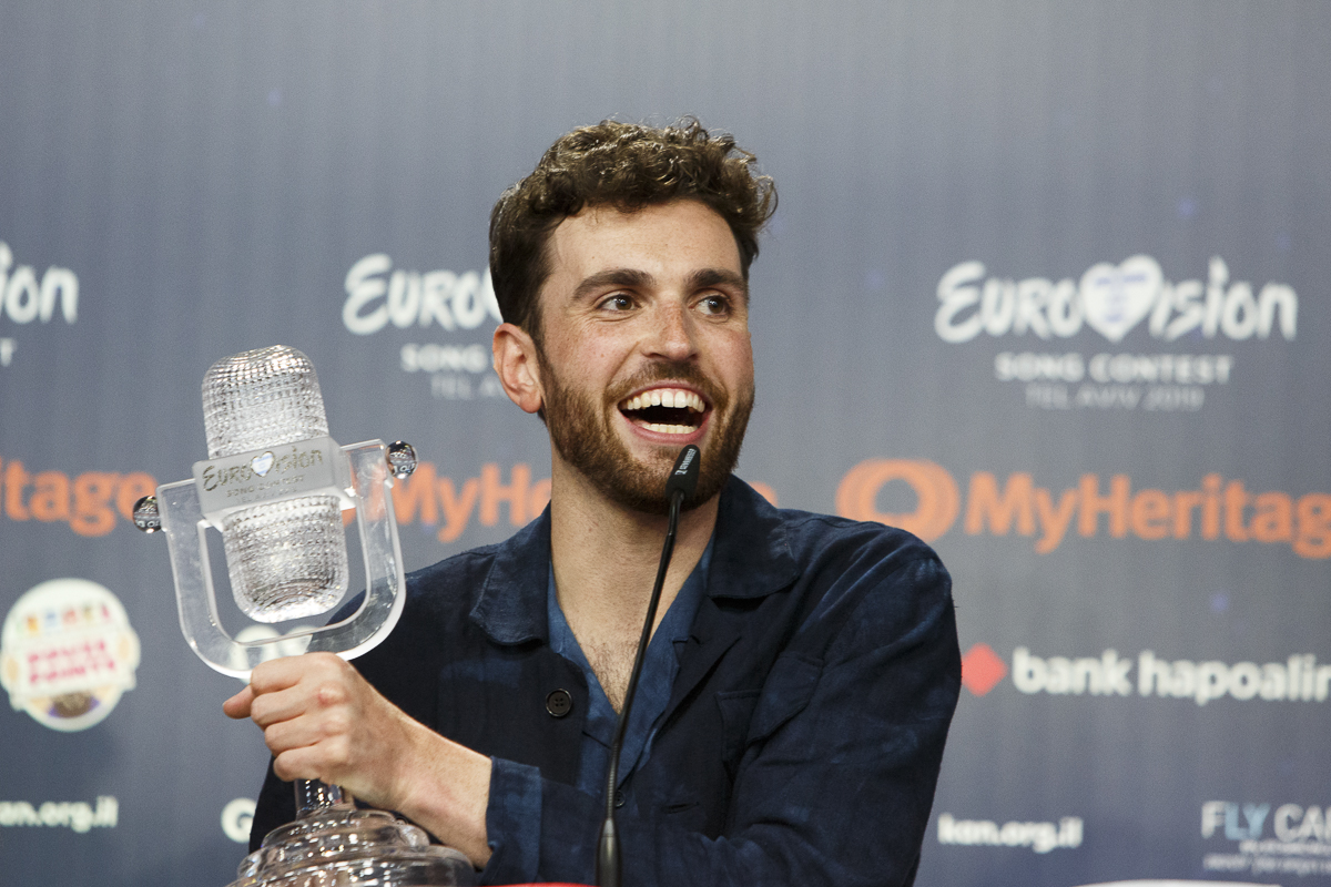 Heavy favorite Duncan Laurence brings show to Holland for first time in decades;