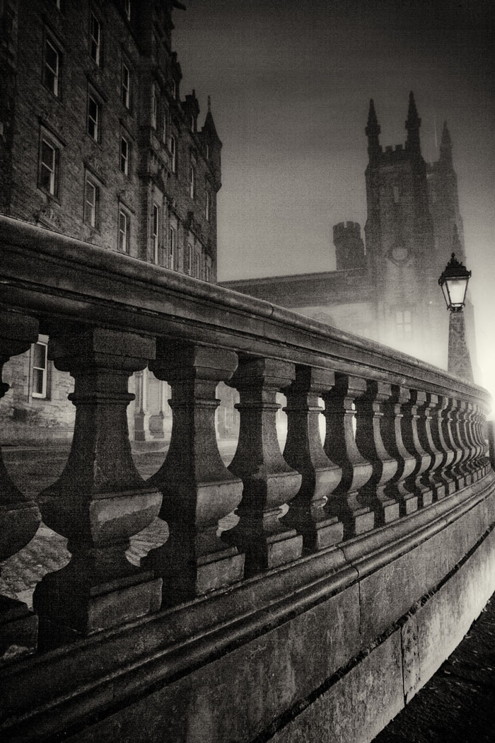 Edinburgh New College on The Mound on a foggy night