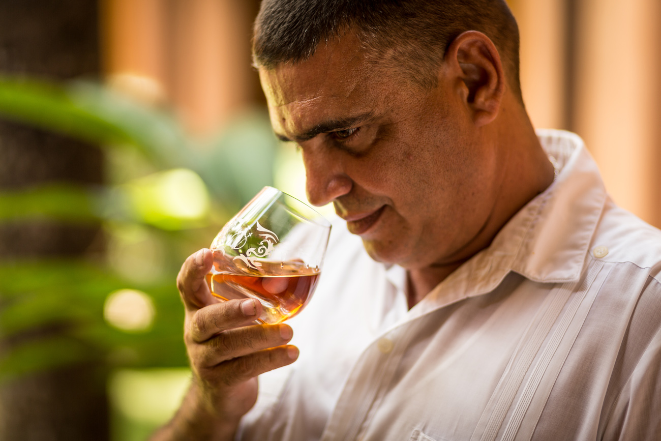Asbel Morales, master rum blender