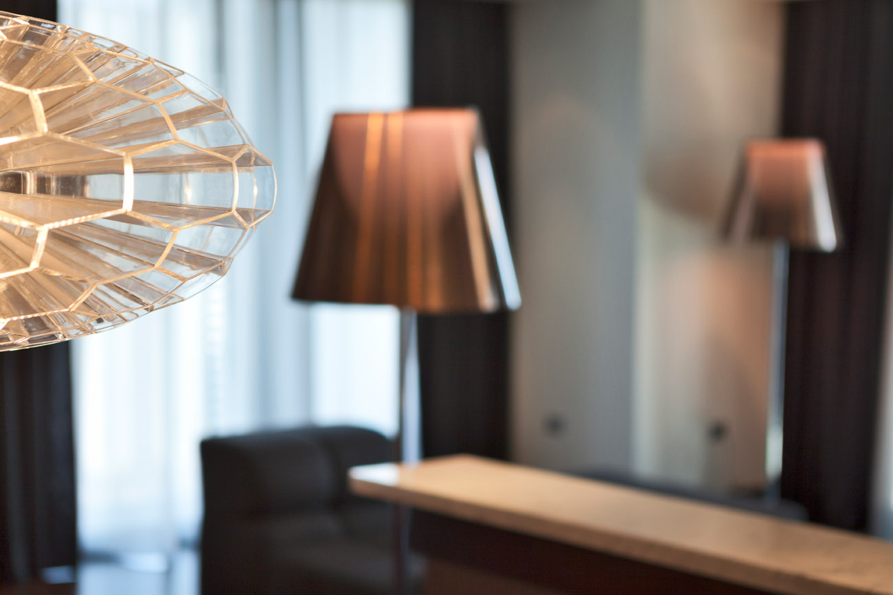 Hotel photography from a range of locations. Radisson chicago,