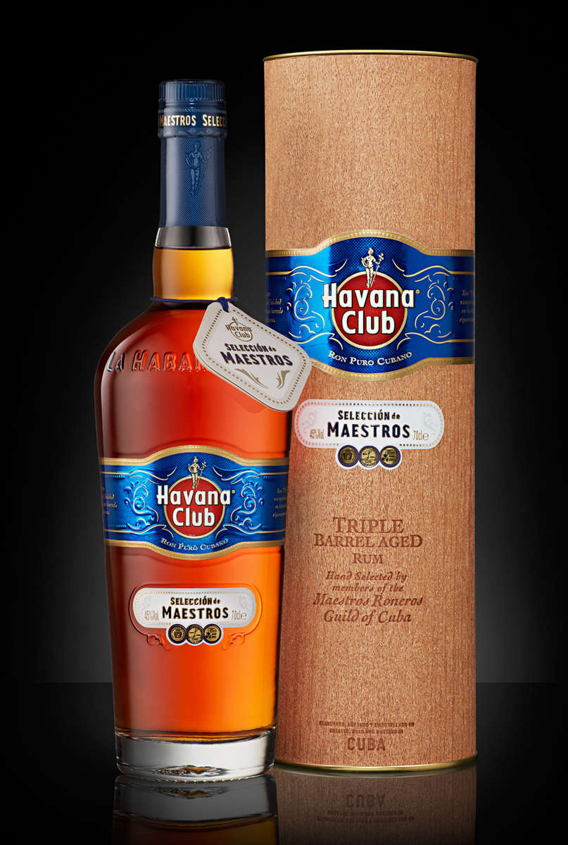 bottle of Havana Club selection de Maestros with cannister