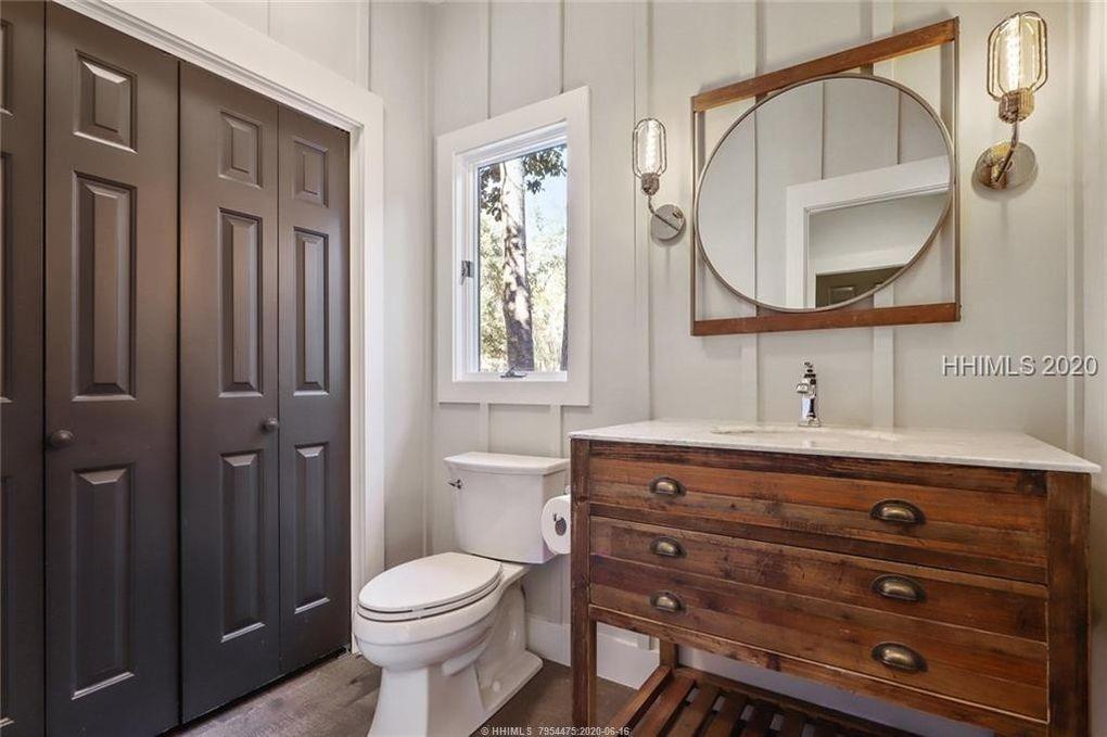 Bathroom-23