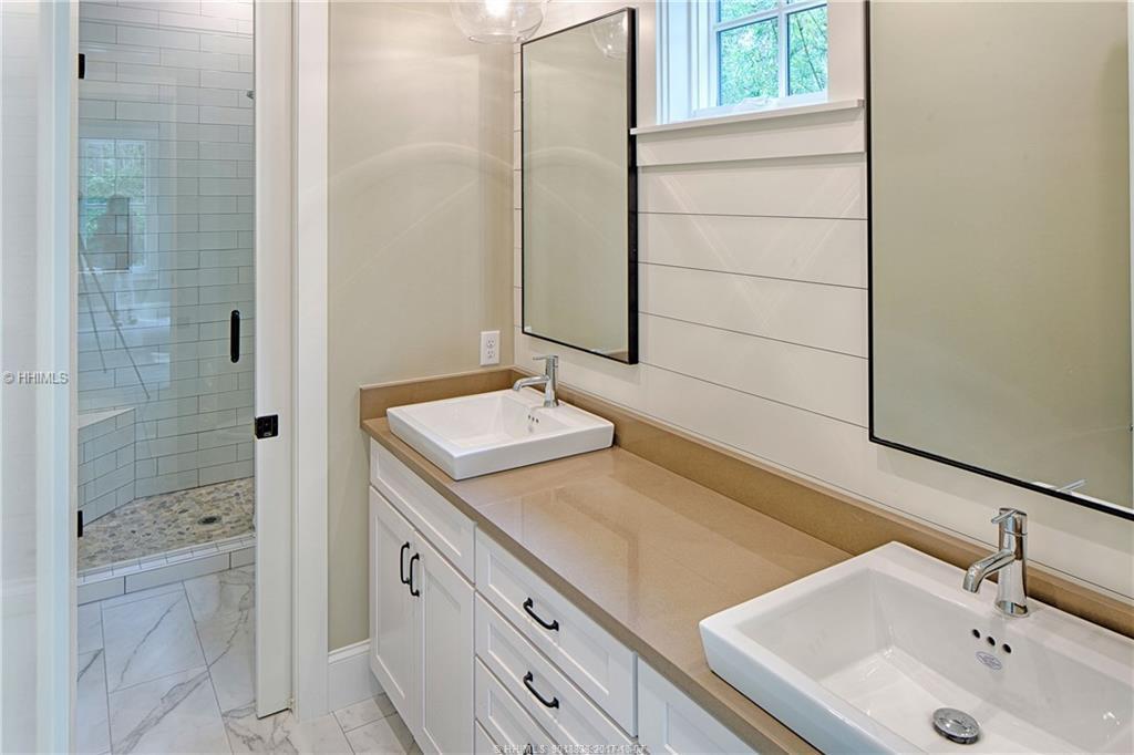 Bathroom-34