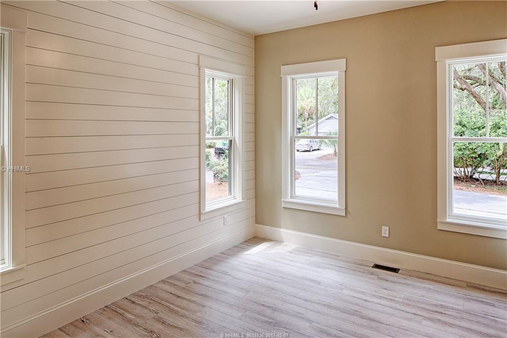 East-Garrison---bedroom