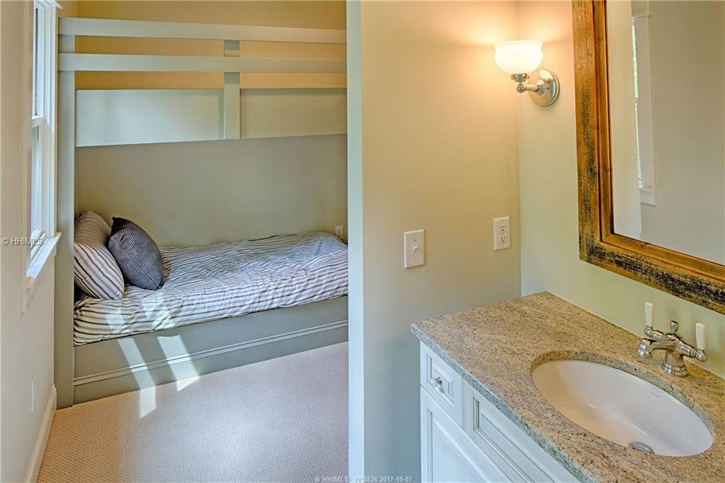 East-Garrison---kids-bedroom-2