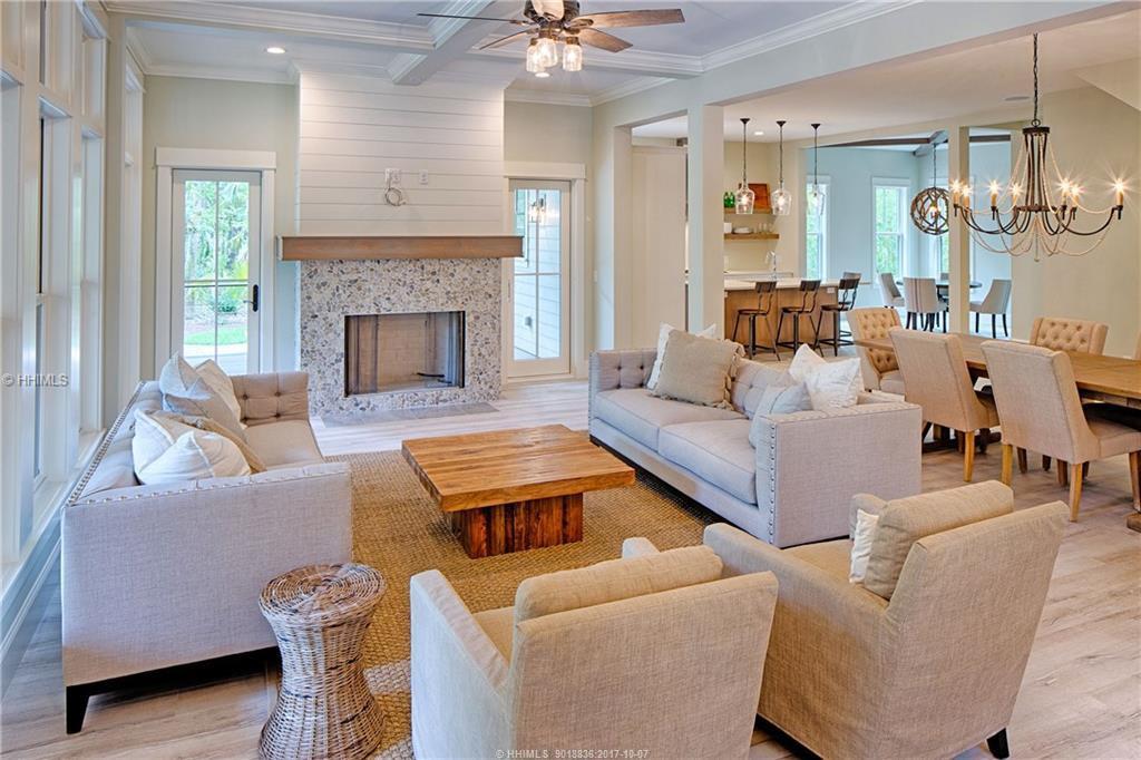 East-Garrison---living-room-2
