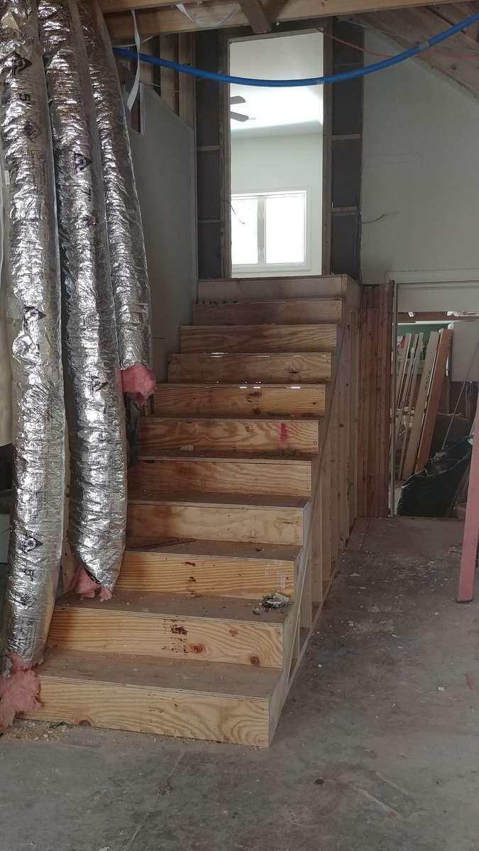 Gerig-Stairwell-landing
