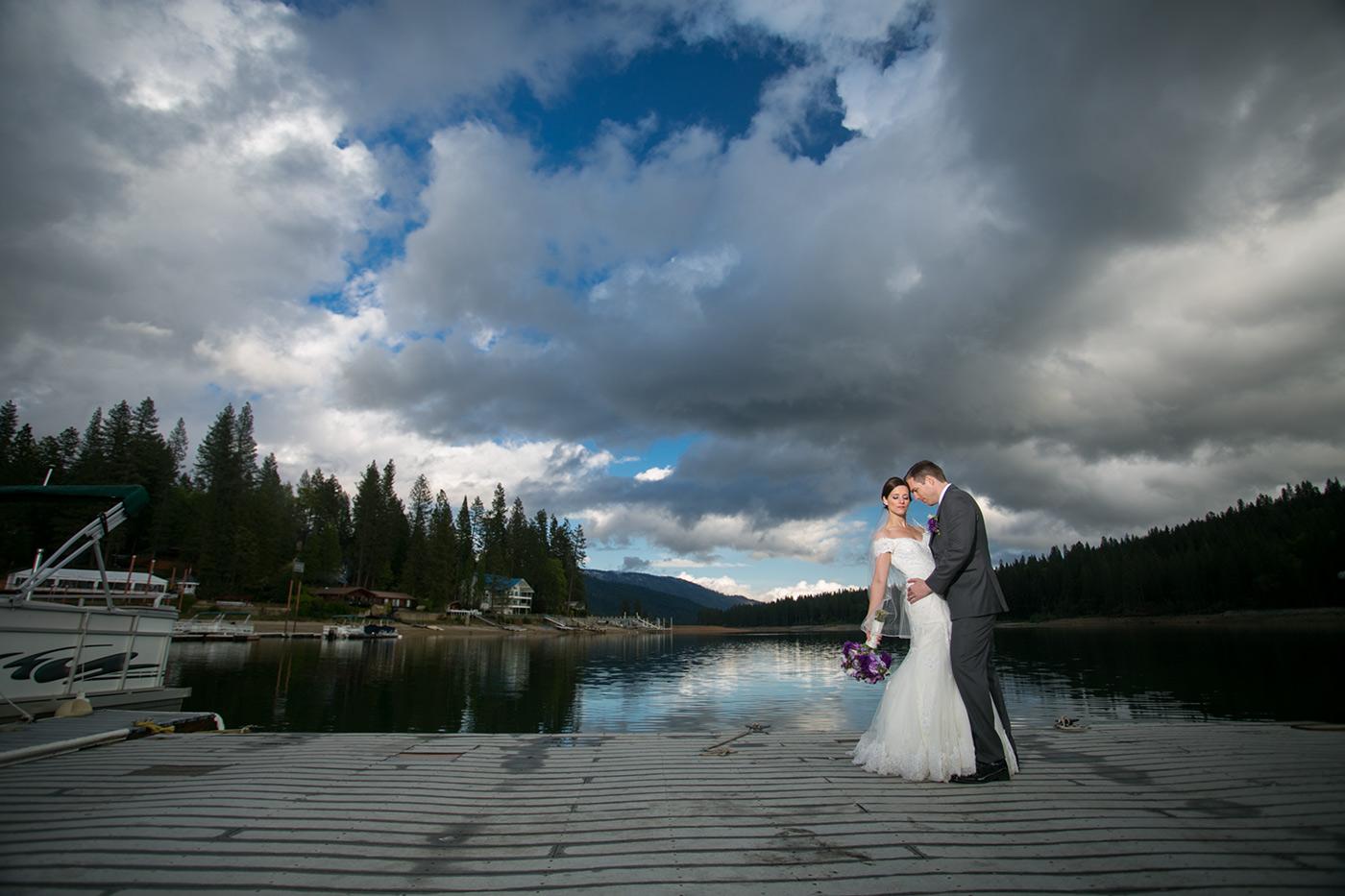 lake-portrait-pines-resort