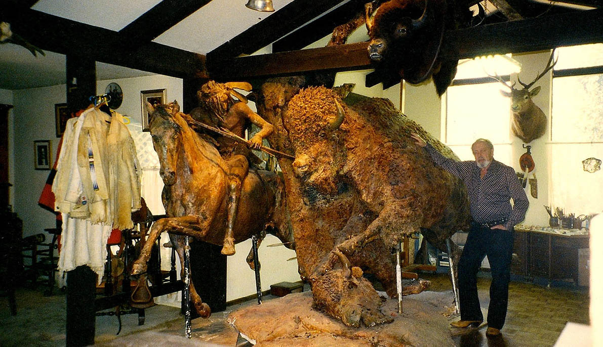 This life size sculpture depicts the dangerous struggle that was the buffalo hunt for the tribes of western plains. 