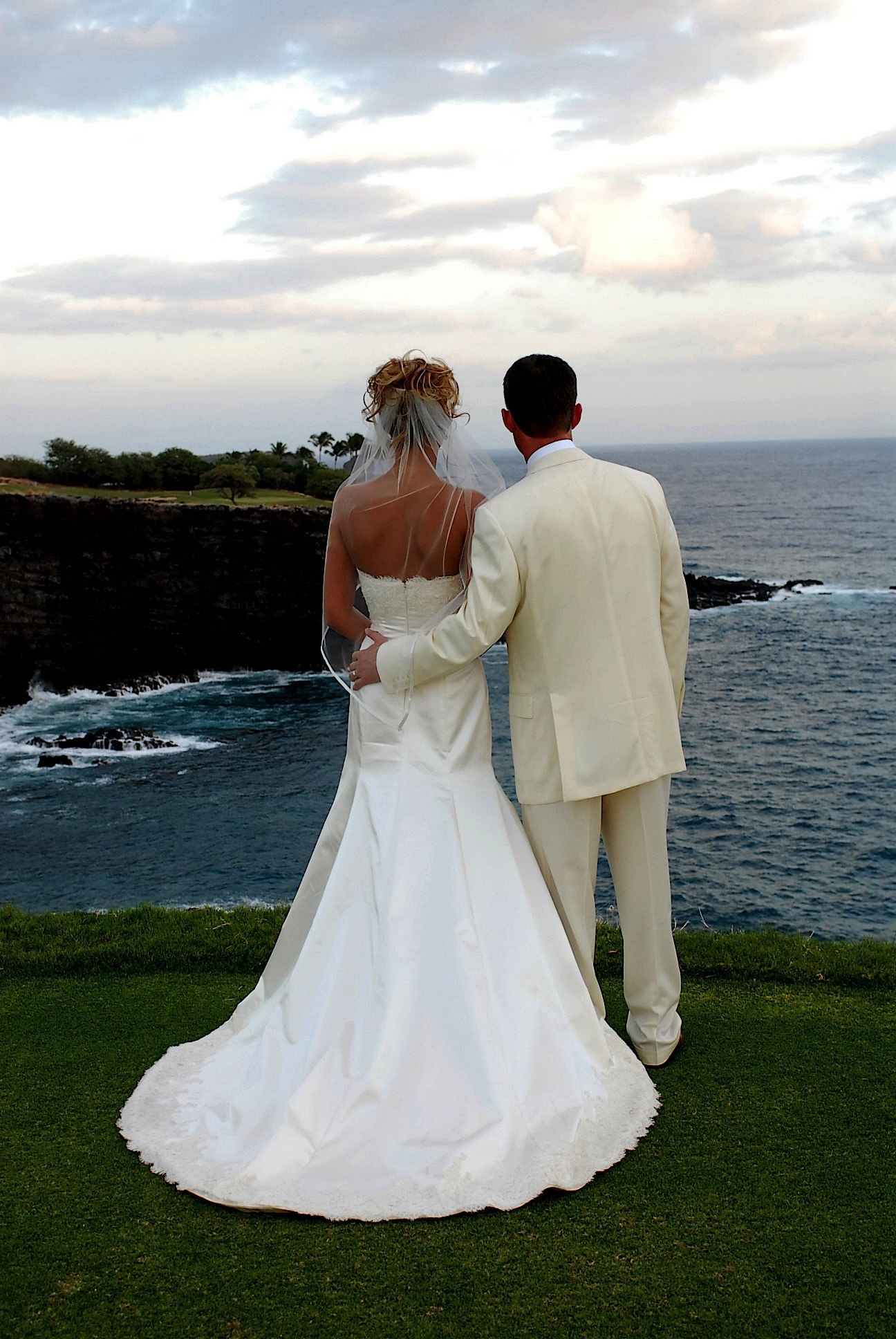 hawaii_wedding_photographer_four_seasons_lanai_wedding013