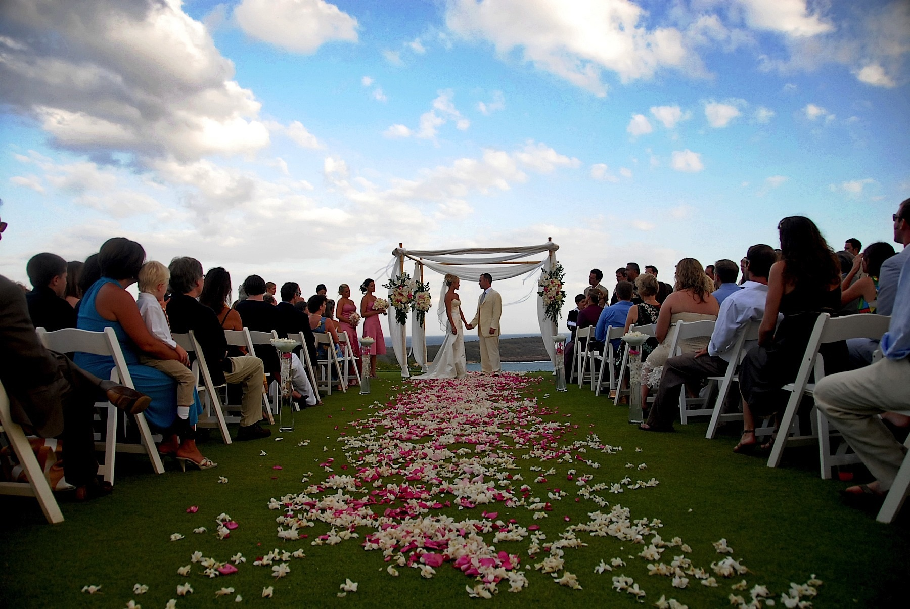 hawaii_wedding_photographer_four_seasons_lanai_wedding039